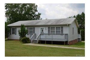 97 Pinegrove Rd, Cumberland, VA 23040