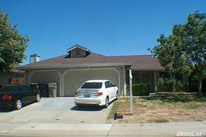 10 Summergate Ct, Sacramento, CA 95823