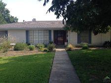 706 W 4th St, Clarksville, TX 75426