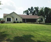 475 Coonpath Rd Nw, Lancaster, OH 43130