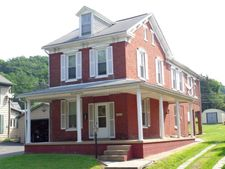 405 S Walnut St, Burnham, PA 17009