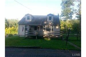 2921 Saucon Ave, Salisbury Twp, PA 18103