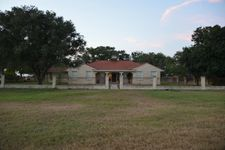 320 County Road 145 Rd, Alice, TX 78332