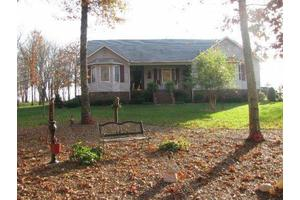 392 Stonecrest Loop, Crossville, TN 38571
