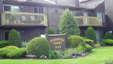 333 Liberty St Apt 12, Little Ferry, NJ 07643