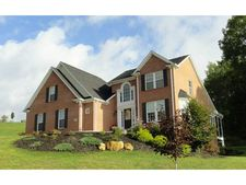 100 Summer Ln, Mt. Pleasant, PA 15057