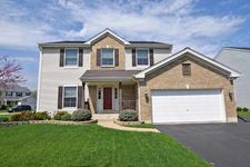 3301 Montgomery Dr, Lake In The Hills, IL 60156