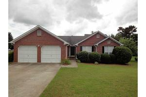 3337 Summit Glen Dr, Loganville, GA 30052