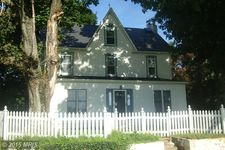 2624 New Park Rd, New Park, PA 17352