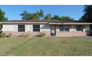 1215 Arroyo Pkwy, Ormond Beach, FL 32174