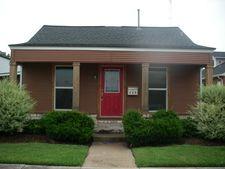 117 E Myrtle St, Angleton, TX 77515