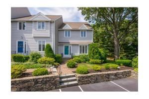 1 Harborview Dr, Kingston, MA 02364