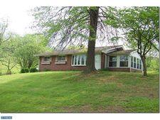 1633 White Bear Rd, Birdsboro, PA 19508