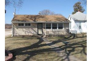 3405 Avenue L, Fort Madison, IA 52627