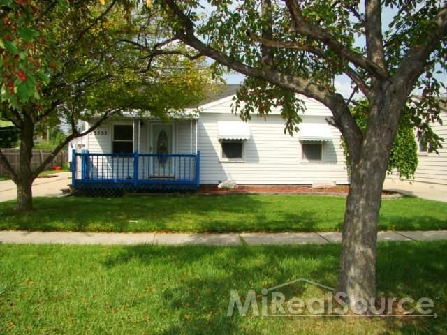 33555 garfield rd fraser mi 48026 home for sale and