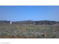 7007 Rock Point Pl, Liberty, NC 27298