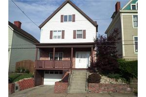 679 Heslep Ave, Donora, PA 15033