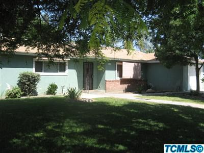 1001 N Belmont St, Porterville, CA