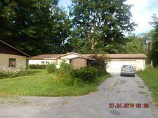 5145 Pymatuning Lake Rd, Andover, OH 44003