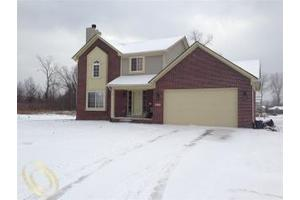 18446 Cedar Island Blvd, Brownstown Twp, MI 48174