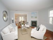 208 Old Kings Hwy N, Darien, CT 06820