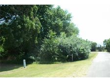 Willow Dr, Wills Point, TX 75169