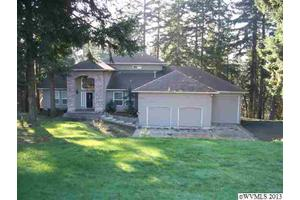 5975 Barcelona Dr SE, Salem, OR 97317