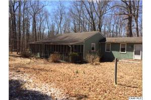 124 Trices Lake Rd, COLUMBIA, VA 23038