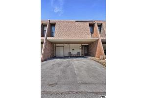 633 Cedar Ridge Ln, Mechanicsburg, PA 17055