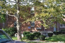 16015 76th Ave, Flushing, NY 11366