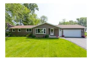 540 Sunrise Bay Rd, Town of Neenah, WI 54956