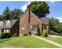 329 Lawnwood Ave, Brentwood, PA 15227