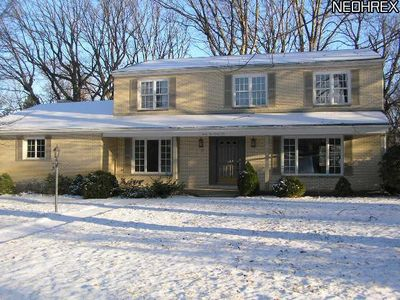 3299 Morewood Rd, Fairlawn, OH