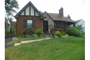 6519 Blue Ridge Ave, Columbia Twp, OH 45213