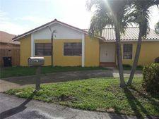 750 Sw 98th Pl, Miami, FL 33174