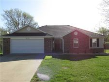 2112 Ford St, Pea Ridge, AR 72751