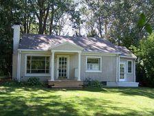11639 Island Ct, Hartland Township, MI 48353