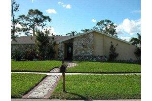 1237 Wynnedale Cir, West Palm Beach, FL 33417