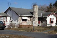 15399 Orchard Ave, Blue Ridge Summit, PA 17214