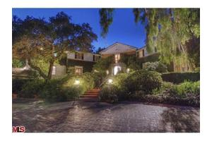 625 Mountain Dr, Beverly Hills, CA 90210