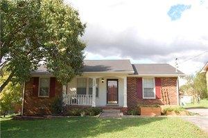 152 Hillside Dr, Hendersonville, TN 37075