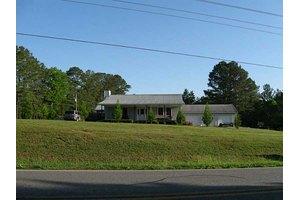 2496 Red Bud Rd NE, Calhoun, GA 30701