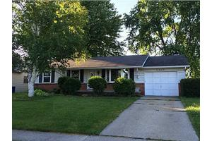 105 Rossway Ave, Rossford, OH 43460