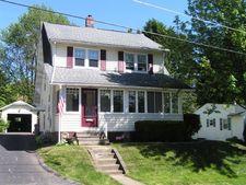 335 Meadow St, Meadville, PA 16335