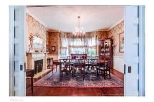 442 Mowbray Arch, Norfolk, VA