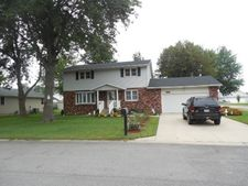 700 Holiday Dr, Effingham, IL 62401