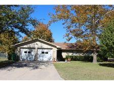 413 Parkview Dr, Lindsay, TX 76250