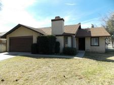 1525 Creekside Dr, San Bernardino, CA 92407