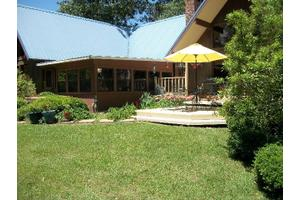 123 Grandview Ln, Carriere, MS 39426