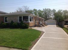 609 Barnsdale Rd Apt 2, La Grange Park, IL 60526